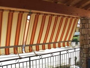 Balkon napellenző